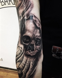 black and grey tatuajes camilo prat